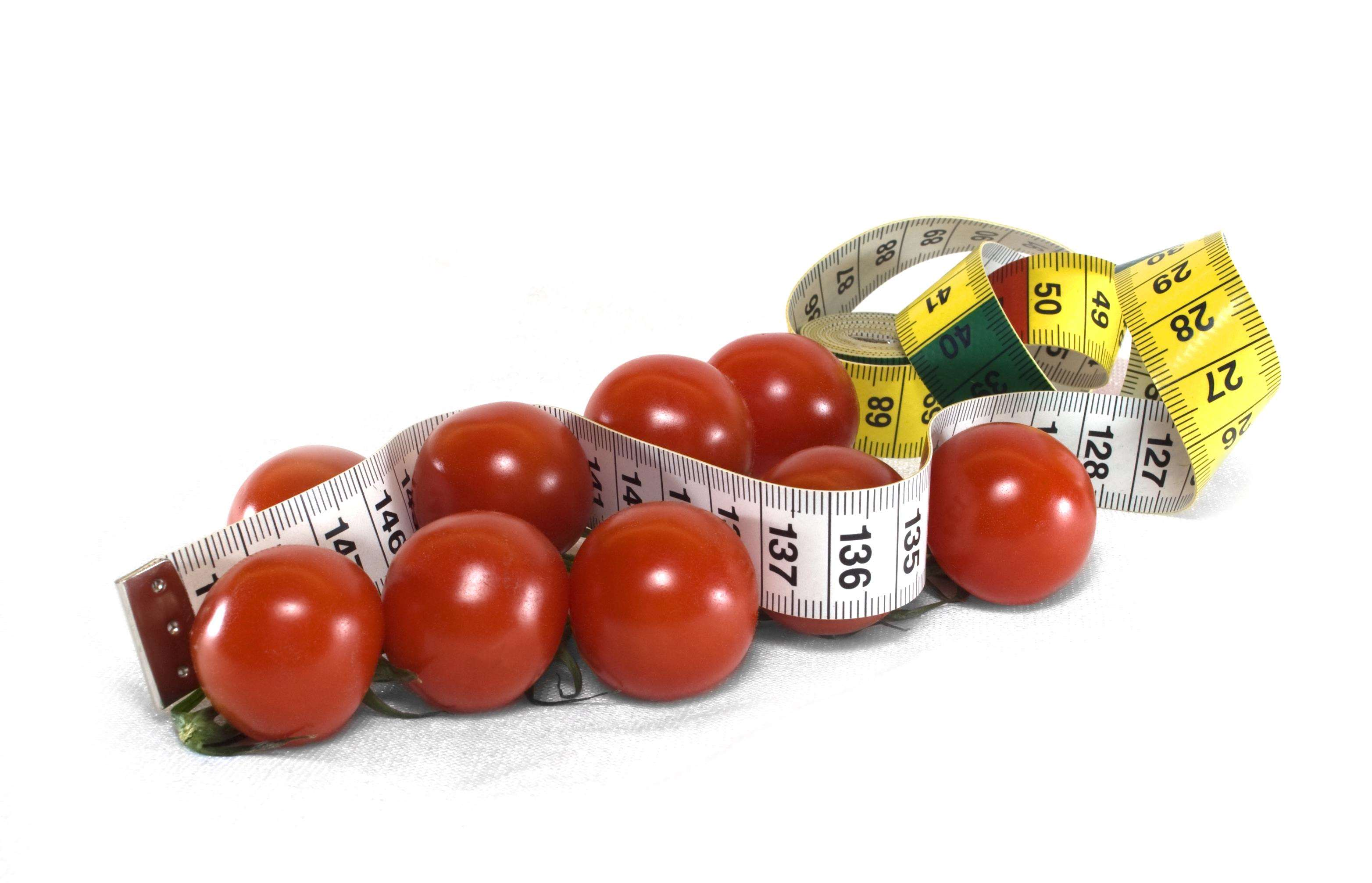 How to lose weight: 10 tips to help control your portion sizes, Tomato measureing tape%, uncategorised%