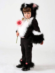 Cheap Halloween Costume Ideas For Your Kids, Skunk 225x300%, uncategorised%