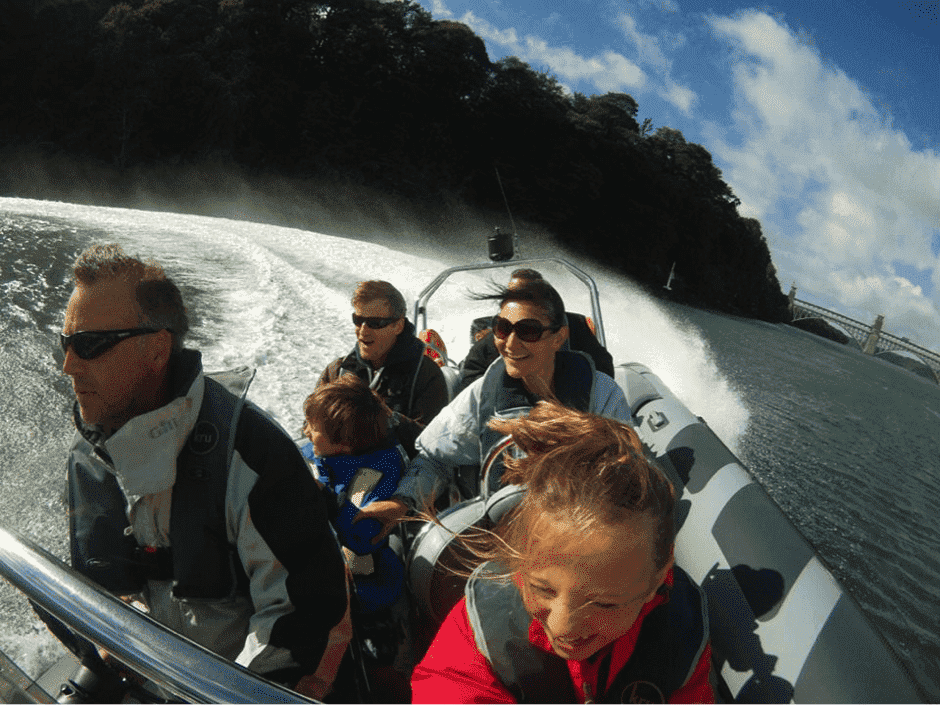 5 Great School Holiday Activities, Powerboat%, lifestyle%