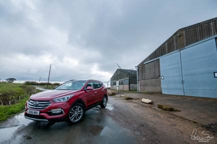 Hyundai Santa Fe Car Review, Picture1%, product-review%