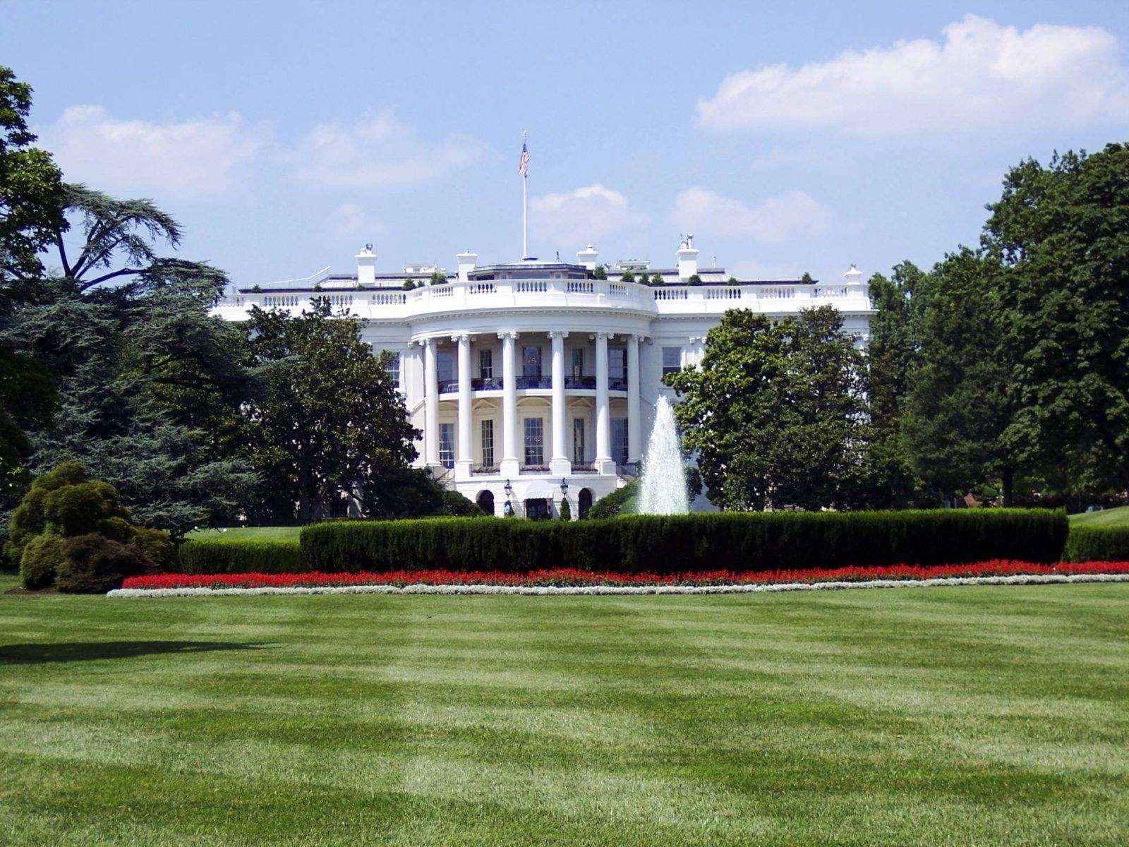 America Plays its 'Trump Card', pexels photo 129112 1600x1200%, lifestyle%
