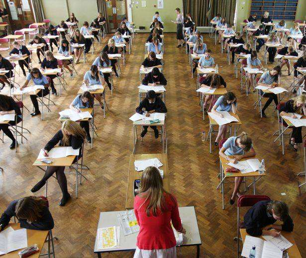 Schools 'should be transparent with pupils on grading decisions to cut appeals', exams%, daily-dad, education, 14-17%