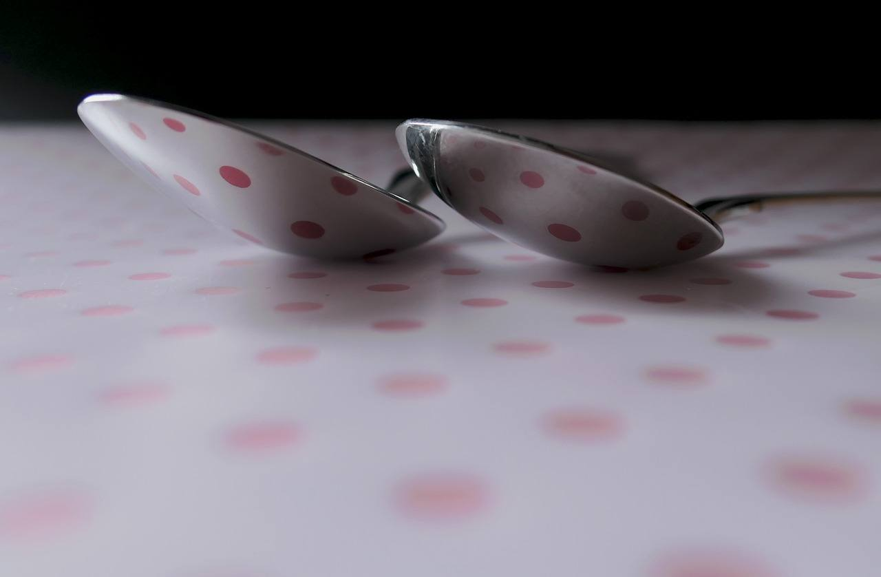 How Spoons Help Explain Chronic Illness to Your Kids, background 3217260 1280%, health%