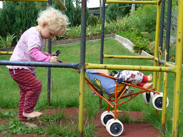 How to Maintain Your Pushchair, Buggy or Stroller for a Long-Time Ride, girl 419403 640%, daily-dad%