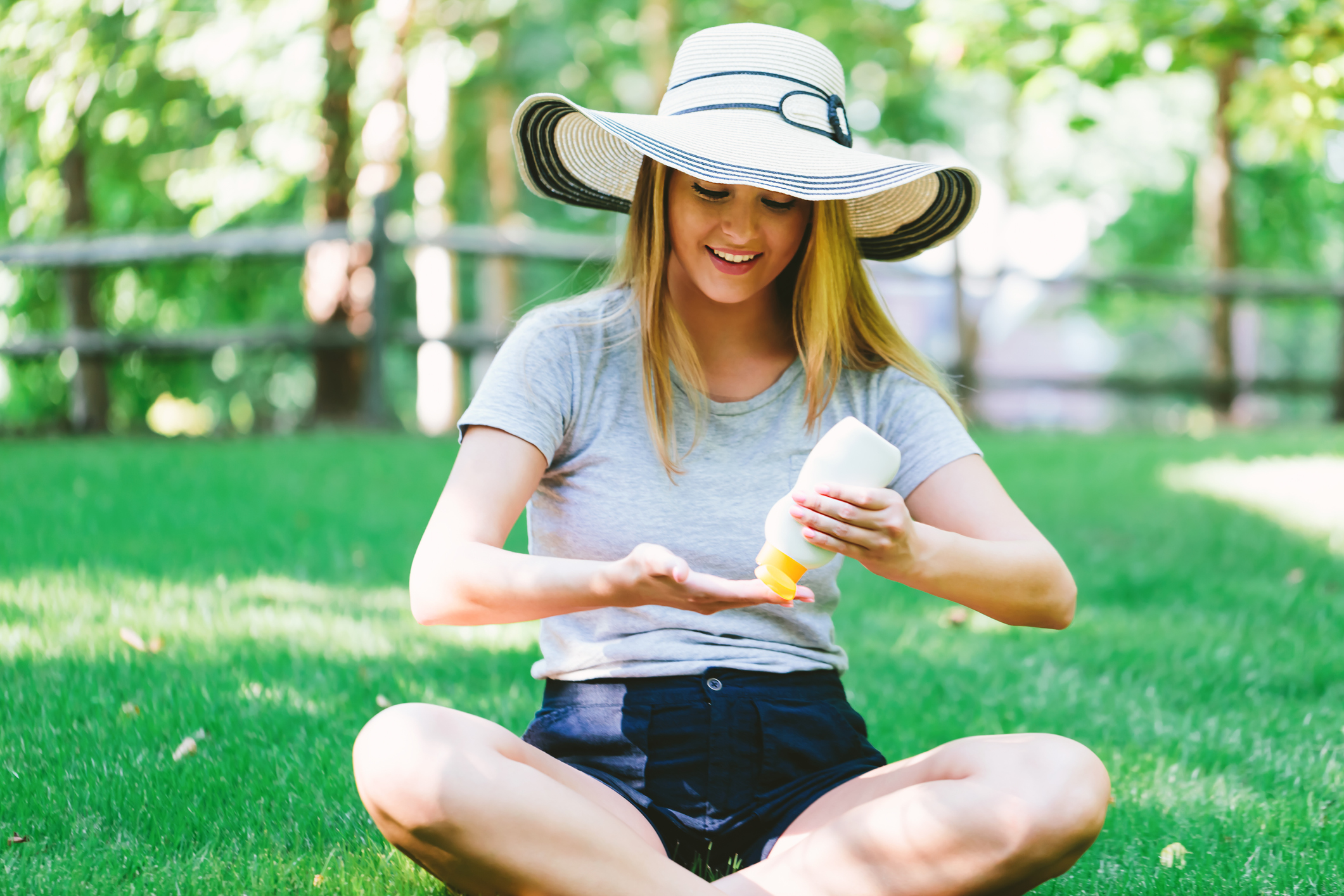 Everything you need to know about sunscreen on staycation, 4663462a 79a8 4251 99cc 7944bcb6619c%, daily-dad, health%