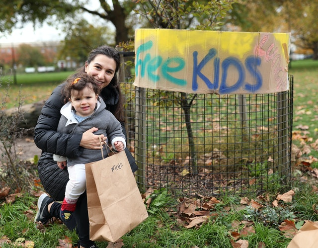 In Pictures: Cafes and communities come together to feed children, 2.56281738%, education%
