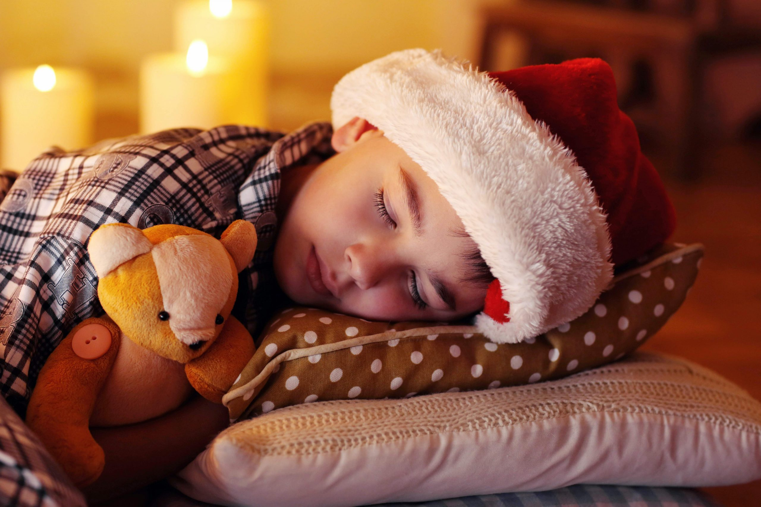 Get Your Kids To Sleep This Christmas Eve, Christmas sleep 1 scaled%, daily-dad%