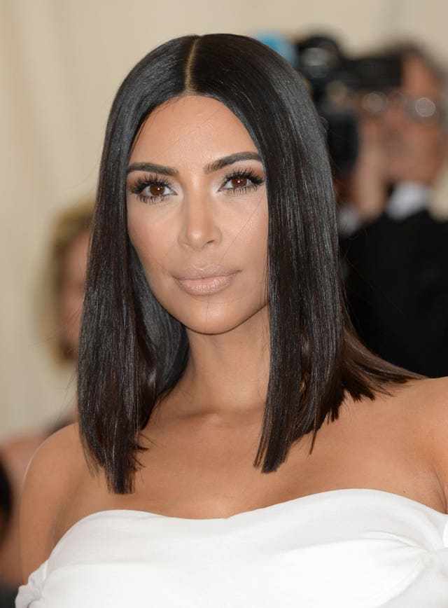 Kardashian says comments made her feel 'insecure' during pregnancy, 2.31149245%, daily-dad%