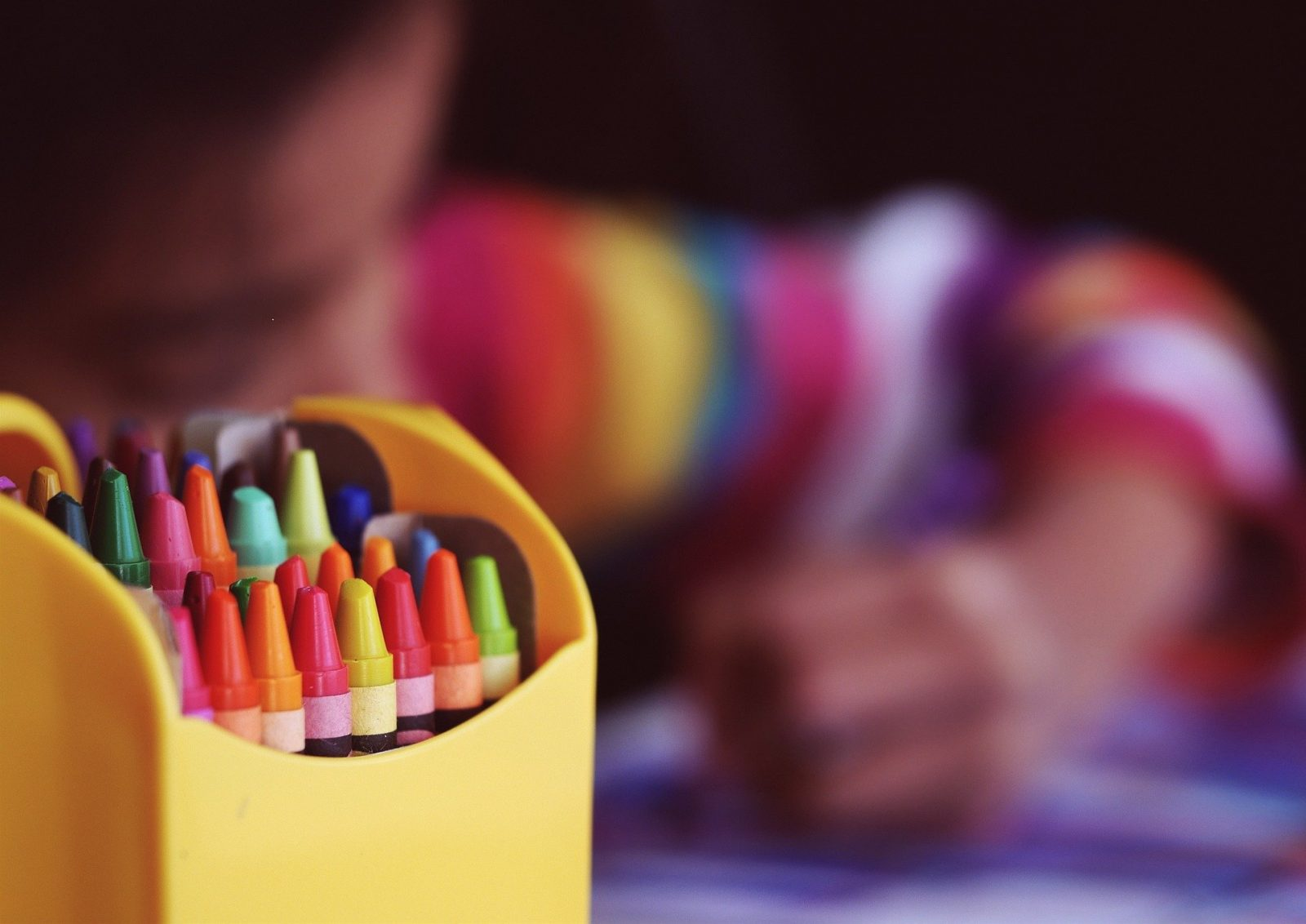 Helping Parents to Support Anxious Children to Return to School, crayons 1209804 1920 1600x1132%, daily-dad, education%