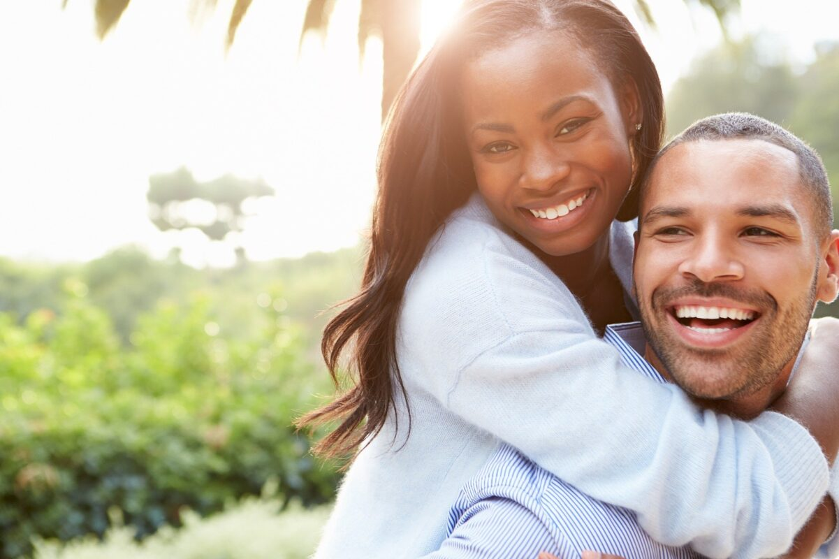 Staying Happy in your Relationship after Children, couple 1030744 1920 1%, daily-dad, love-and-relationships%