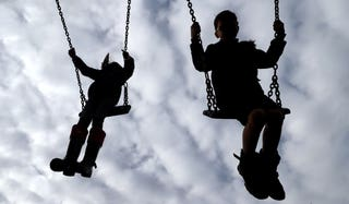 £20m of funding allocated to increase summer activities for children, 2.57754442%, daily-dad, community%