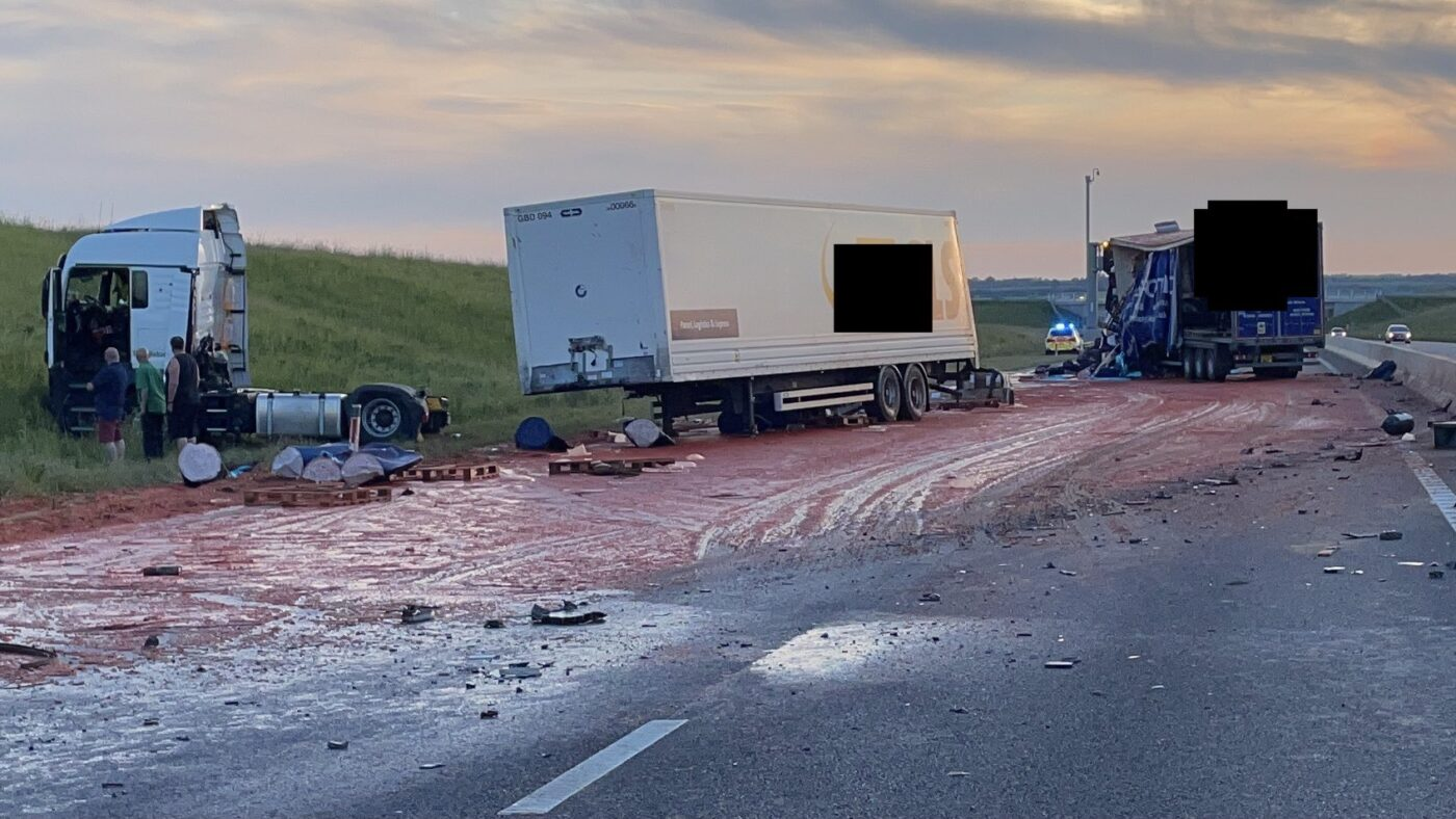 A14 closed after crash covers the road in tomato puree, E24qZm8WYAId6dW%, daily-dad%