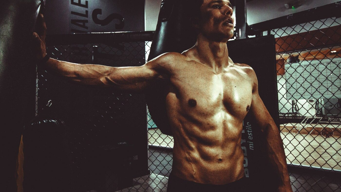 Studies show that muscle dysmorphia in men starts in adolescence, fitness 863081 1920%, health, adult, 14-17%