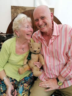 Wartime teddy bear to go under the hammer, 2.61032179%, daily-dad%