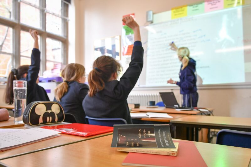 Masks could return to classrooms in England to stem spread of coronavirus, embedded262597349 800x533%, news, education, 6-9, 14-17, 10-13%